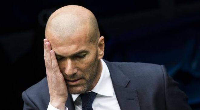 Real sớm hụt hơi La Liga: Vì Barca, trọng tài hay vì tội đồ Zidane? - 2