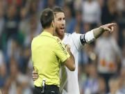 Real mất penalty oan: Ramos không đổ lỗi trọng tài, quyết bắt kịp Barca