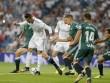 """Ronaldo tái xuất dứt điểm 12 ăn 0: Quá đen hay quá  """" cùn """""""