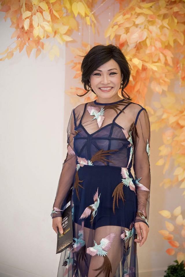 """Sao Việt 22/9: Phương Thanh táo bạo trong trang phục """"nửa kín nửa hở"""""""