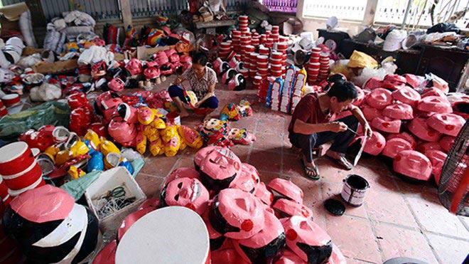 Làng làm đồ chơi trung thu ở Hưng Yên tất bật vào mùa - 5