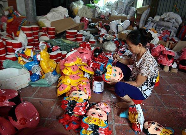 Làng làm đồ chơi trung thu ở Hưng Yên tất bật vào mùa - 9