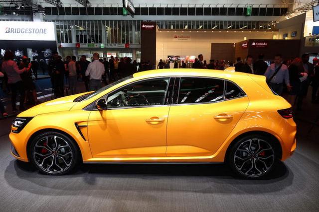 Renault Megane RS 2018 tham vọng đối đầu Civic Type R - 2