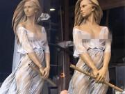 """Bao người phải đứng hình vì váy siêu mỏng của  """" nàng thơ ảo mộng """"  đẹp nhất thế gian"""