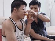 Điều gì khiến con trai diễn viên Quốc Tuấn vẫn hạnh phúc suốt 15 năm đau ốm?