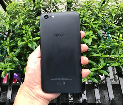 Đánh giá Oppo A71: Smartphone giá rẻ, pin bền - 5