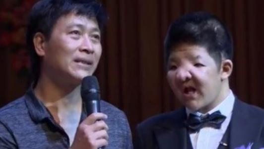 Triệu khán giả rơi nước mắt khi con trai Quốc Tuấn nhắn nhủ cha sau 15 năm bạo bệnh