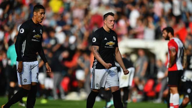 """MU - Mourinho thắng thực dụng: Sự """"xấu xí"""" cần thiết 2"""