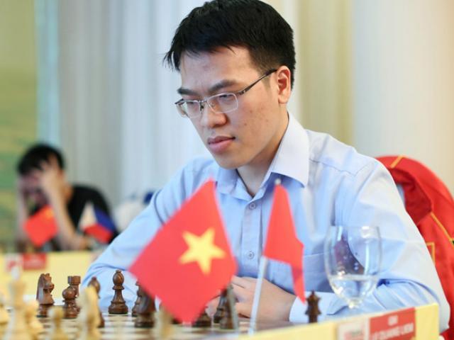 """Quang Liêm tấn công 20 """"tuyệt đại cao thủ"""": Áp sát kỳ thủ Trung Quốc 4"""