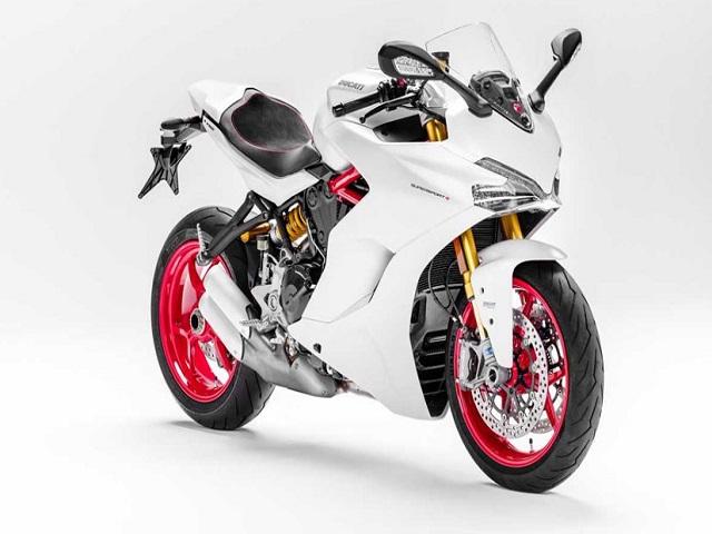Ducati SuperSport, GSX-S1000F và Ninja 1000 đối đầu