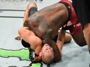 """Thể thao - UFC: Bị siết quá chặt, """"Thần sấm"""" đi ngủ luôn trên sàn đấu"""