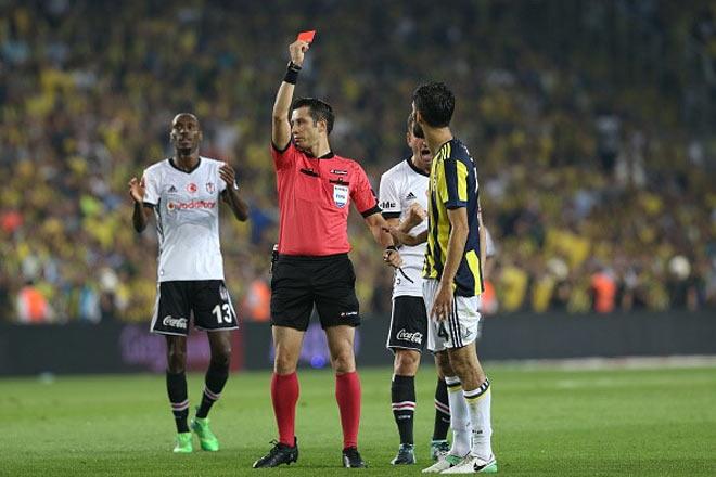 """Choáng: """"Máy chém"""" Pepe và trận cầu 12 thẻ vàng, 5 thẻ đỏ ở Thổ Nhĩ Kỳ - 2"""