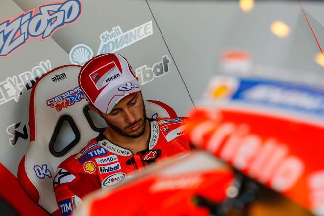 """Đua xe MotoGP: Đấu trên sân nhà, """"Bò tót"""" lập hattrick chiến thắng 2"""