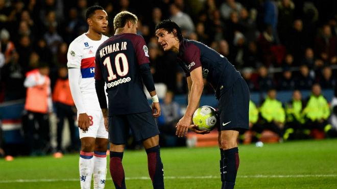 """Nhà giàu PSG chao đảo: 6 SAO bênh Cavani, nhăm nhe """"lật"""" Neymar"""