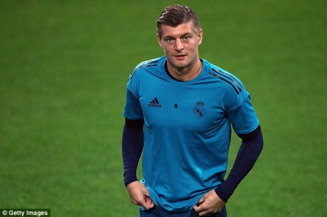 """Real đại chiến Dortmund: Kroos trở lại """"bơm bóng"""", Ronaldo săn bàn"""