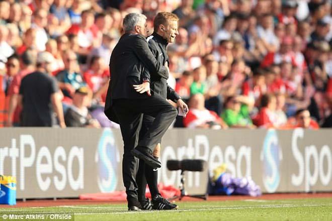 Thuyết âm mưu: Mourinho thoát án & bàn tay sếp lớn nâng đỡ MU vô địch 1