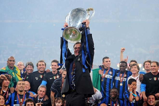 """Mourinho """"trêu"""" Chelsea: Xóa lời nguyền 10 năm, mơ đoạt cúp C1 cùng MU - 1"""
