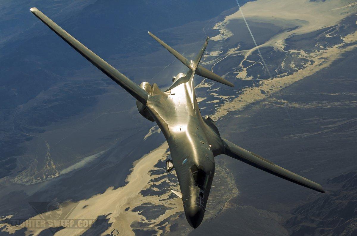 Triều Tiên có vũ khí gì bắn rơi được oanh tạc cơ Mỹ? - 3