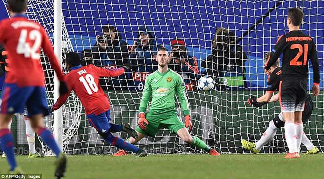 """MU đá cúp C1: Mourinho dựng """"xe bus 2 tầng"""", bóng bổng để kết liễu - 1"""