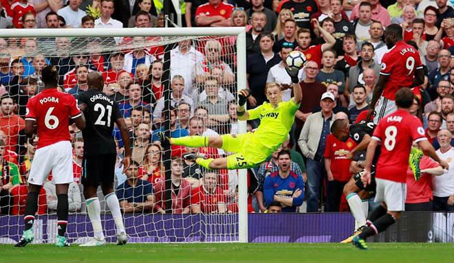 """MU đá cúp C1: Mourinho dựng """"xe bus 2 tầng"""", bóng bổng để kết liễu 2"""