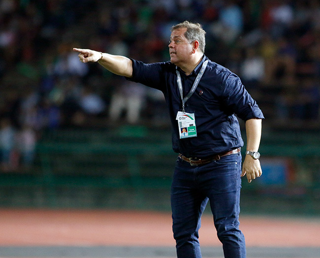 """HLV ĐT Campuchia: """"VFF tìm HLV đưa ĐT Việt Nam dự World Cup"""" - 1"""