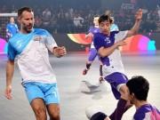 """Đội Giggs đại thắng 10 bàn, SAO futsal Việt  """" nã đạn """"  góp vui"""