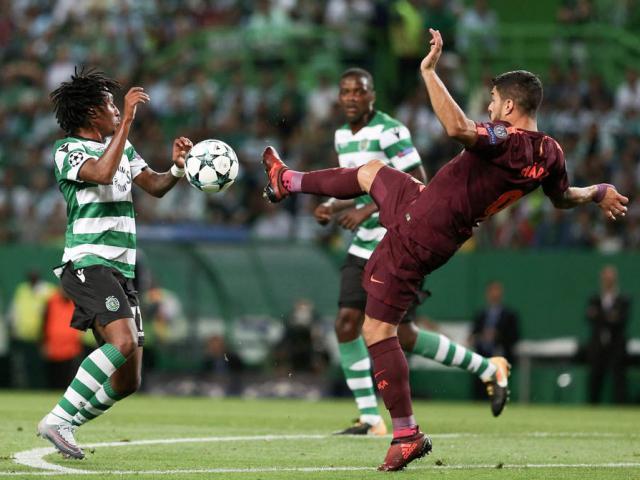"""Messi """"tịt"""", Barca """"thắng rùa"""": Đá """"Bóng vàng"""" lại gần Ronaldo? 6"""