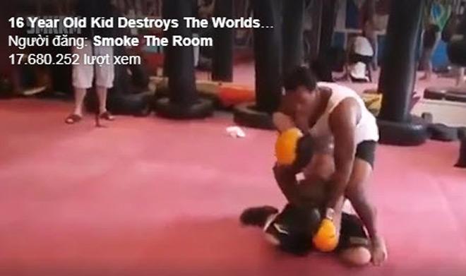 """Cú sốc boxing: 16 tuổi đấm nhà vô địch thế giới """"chạy mất dép"""" 2"""