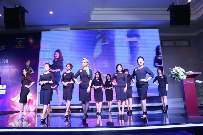 Hé lộ Top 40 thí sinh vào chung kết Nữ hoàng Doanh nhân Đất Việt 2017 - 9