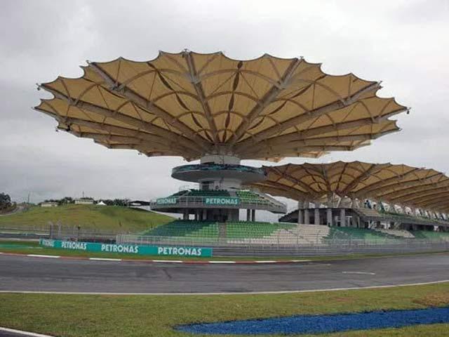 F1: Malaysian GP – Hamilton ôm hận, sinh nhật ngọt ngào cho Verstappen 6