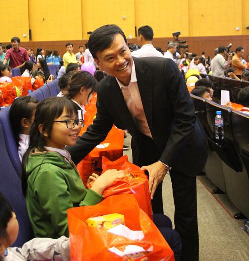 Tôn Đông Á và Tết trung thu nâng bước tương lai - 3
