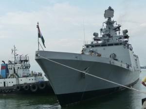 Tin tức trong ngày - Tàu hộ vệ tàng hình của Ấn Độ cập cảng Đà Nẵng