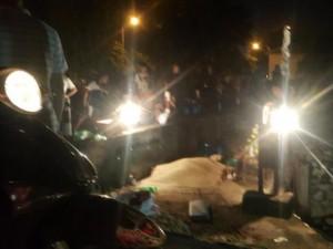 Tin tức Việt Nam - HN: Phát hiện thi thể 2 mẹ con buộc vào nhau dưới cống nước