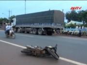 Video An ninh - Tai nạn liên hoàn ở Bình Phước, 3 người nguy kịch