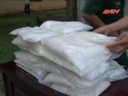 Video An ninh - Vứt lại 30kg ma túy đá, vượt biên tẩu thoát
