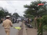 Video An ninh - Ô tô cán hai mẹ con, rồ ga chạy khỏi hiện trường