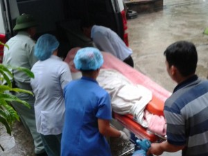 Tin tức trong ngày - Vụ sản phụ tử vong ở Huế: Đình chỉ công tác kíp trực