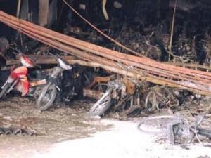 Tin tức trong ngày - Chủ đầu tư hỗ trợ toàn bộ thiệt hại xe bị cháy tại chung cư Xa La