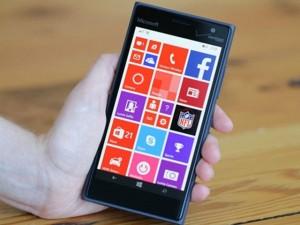 Điện thoại - Đánh giá Lumia 735: Cấu hình thấp, nhưng pin bền