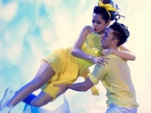 """Ca nhạc - MTV - Những sự cố """"váy tụt, áo rơi"""" nhớ đời của sao Việt"""