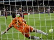 """Bóng đá - Barca: """"Vua hưởng lợi"""" từ phạt đền ở châu Âu"""