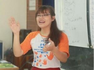 Bạn trẻ - Cuộc sống - Cô gái giúp người câm điếc hòa nhập với cộng đồng