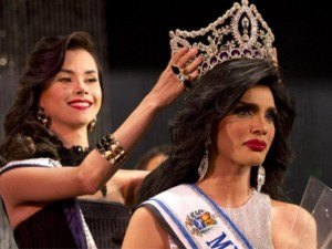 Thời trang - Kỳ lạ: Cuộc thi hoa hậu đồng tính tại Venezuela