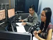 Tin tức trong ngày - Khám phá phòng thu đưa tin tắc đường ở Hà Nội