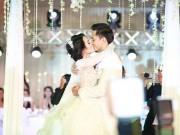 """Phim - Tú Vi - Văn Anh """"khóa môi"""" ngọt ngào trong đám cưới cổ tích"""