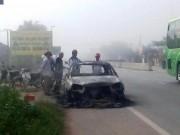 An ninh Xã hội - Đốt rụi ô tô vì tài xế không chịu... chạy nhanh
