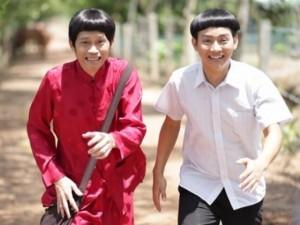 """Phim - Cha con Hoài Linh gây cười với tạo hình """"ngố tàu"""""""