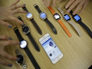 Công nghệ thông tin - Nhật Bản cấm mọi smartwatch vào phòng thi