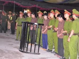 Tin tức trong ngày - Tuyên án tử hình 2 bị cáo gây thảm án ở Bình Phước