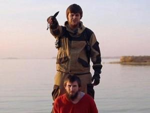 Thế giới - IS tung video chặt đầu điệp viên Nga, đe dọa Putin